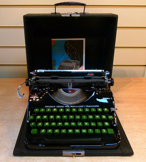Groma Model T Portable (1951)