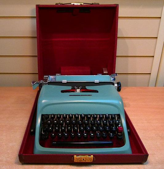 Olivetti Studio 44 Portable (1960)
