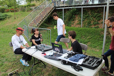 RADIO MONICA 2.jpg
