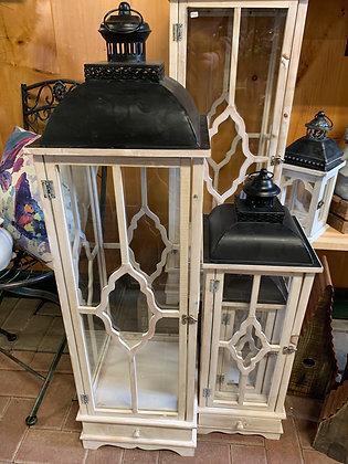 Medium - White & Black Lantern Collection