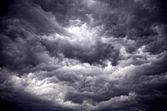 WEERBERICHT: KMI waarschuwt voor onweer en overvloedige regen