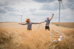 portrait enfant extérieur champ  blé