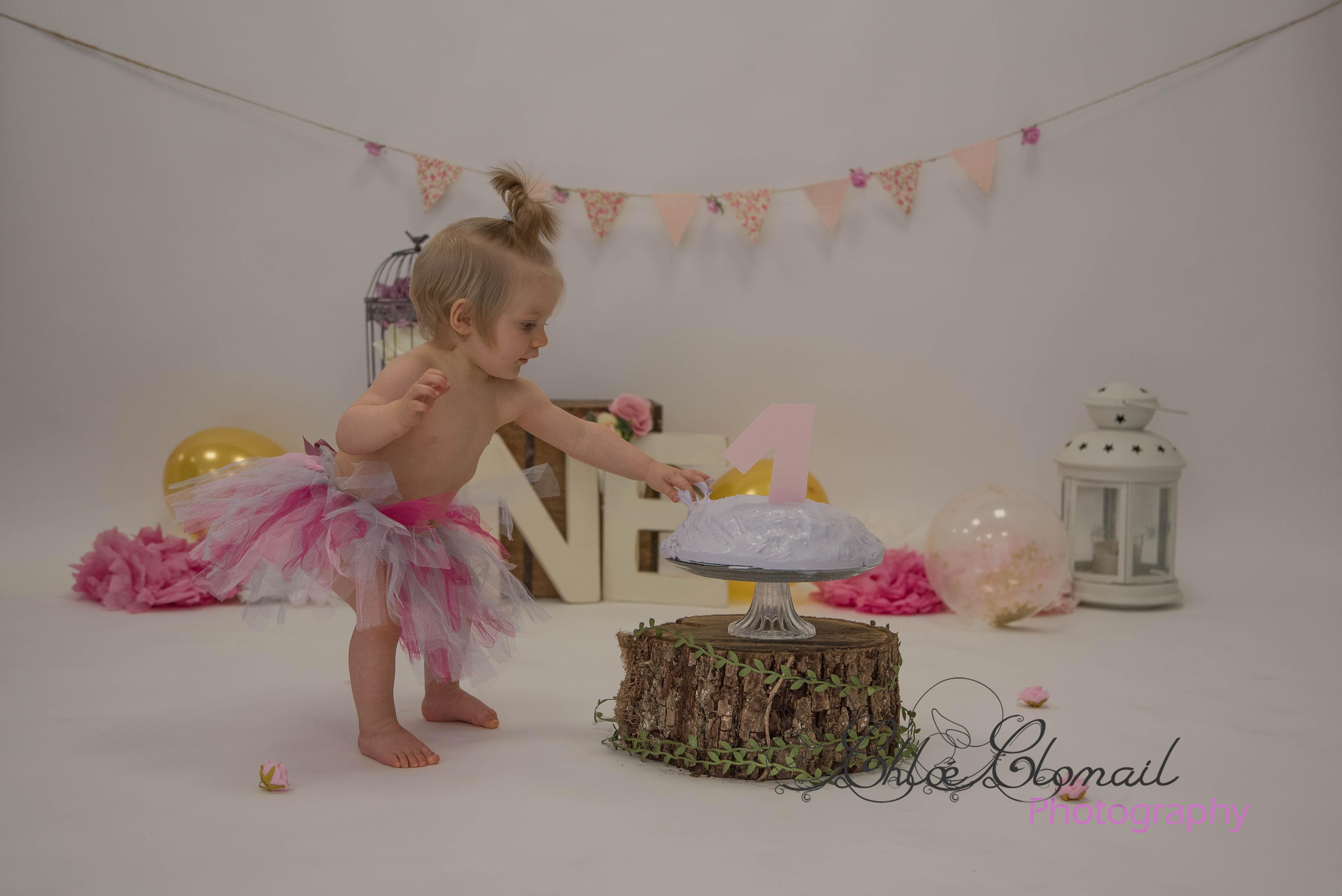 smash cake girly