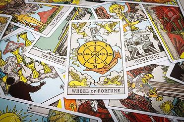44094186-tarot-cards-tarot-the-wheel-of-