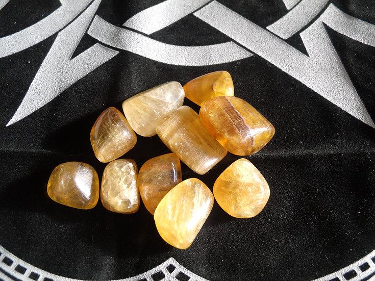 Fluorite jaune pierre roulée