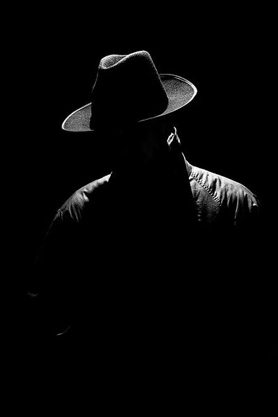 dark-mystical-silhouette-man-hat-night-r