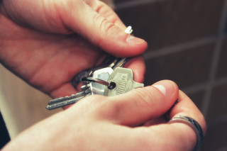 Renting vs. Buying: Which One Is More Suitable for You?