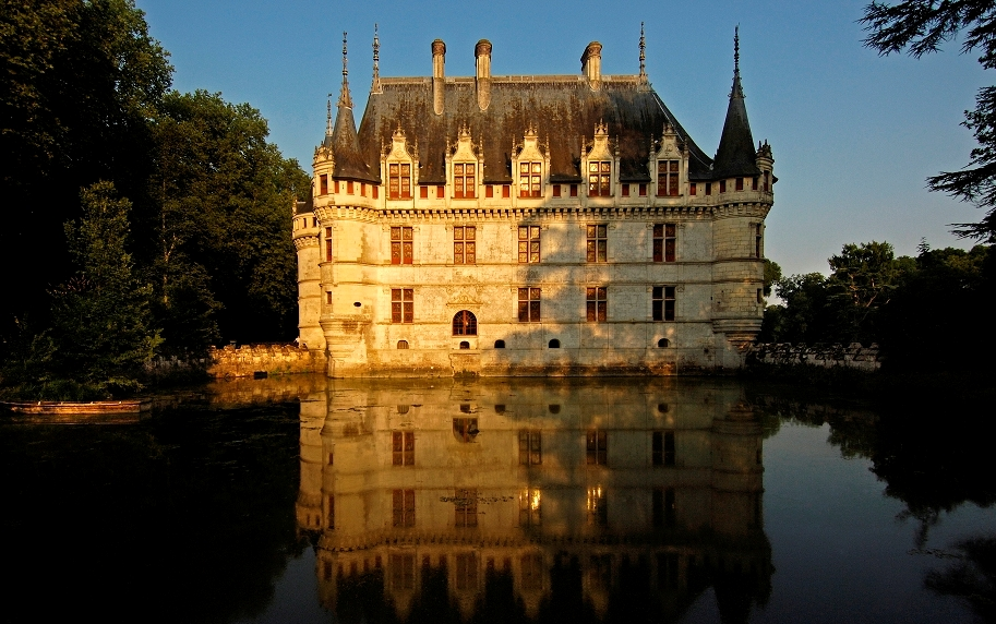 chateau-d-azay-le-rideau-en-touraine