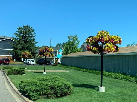 Heritage Post Planters