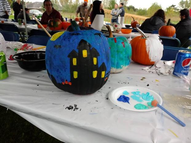 Heritage Apartments pumpkin painting