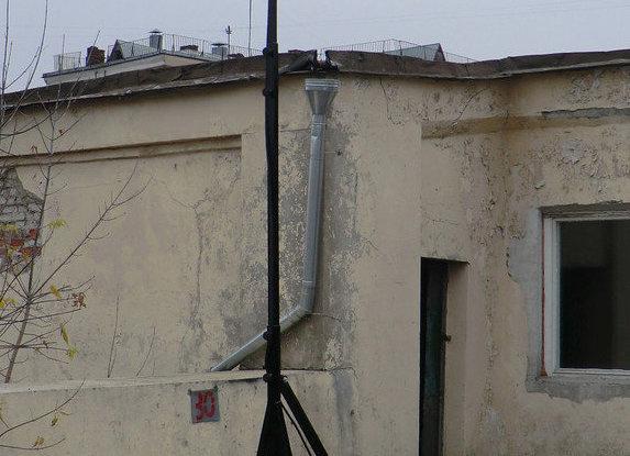 Телескопическая мачта освещения с LED прожекторами