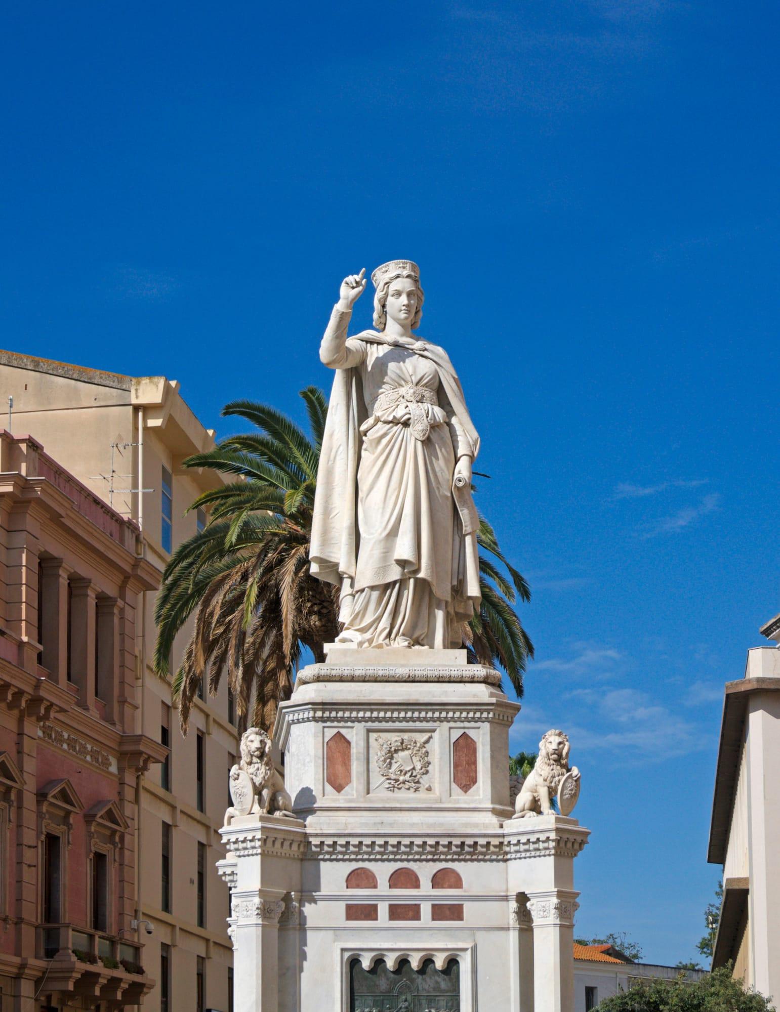 Standbeeld van Eleonora in Oristano