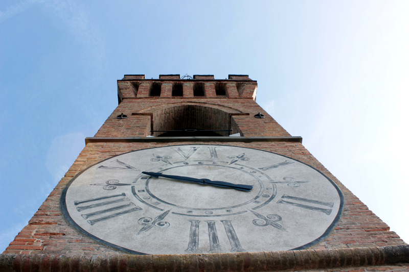 Ora Italica op de klok