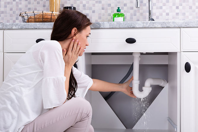 home safety checklist pipe leak