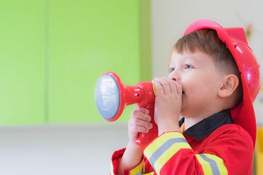 Family Fire Drill, fire drills for kids, fire safety for kids, fire escape tips, family fire escape plan
