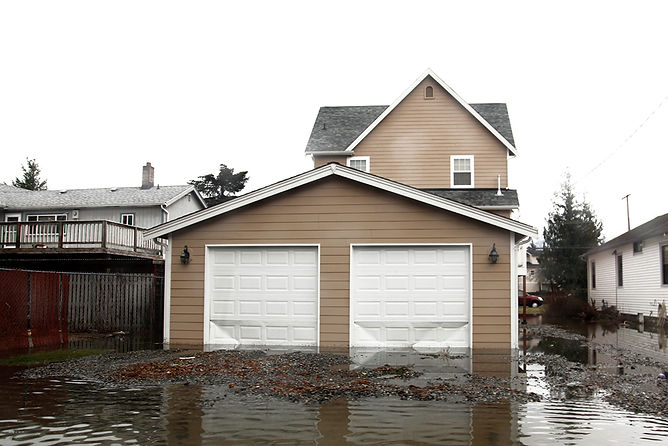 flooded house outside view, water damage build back and reconstruction, fire damage reconstruction, water damage restoration, fire damage restoration, professional damage restoration