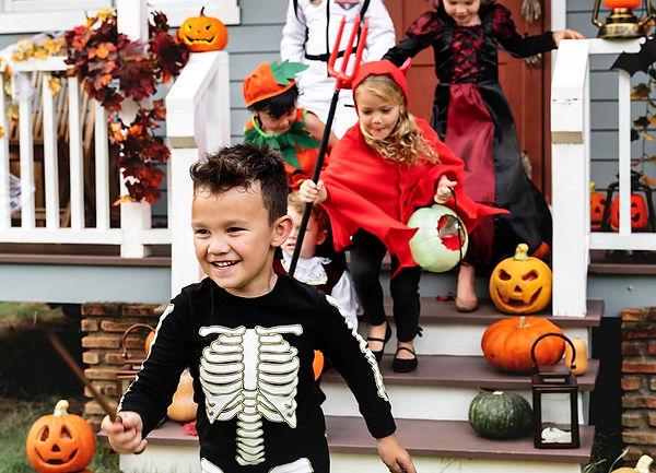 halloween safety myths, halloween truths, trick-or-treat safety, trick-or-treat myths