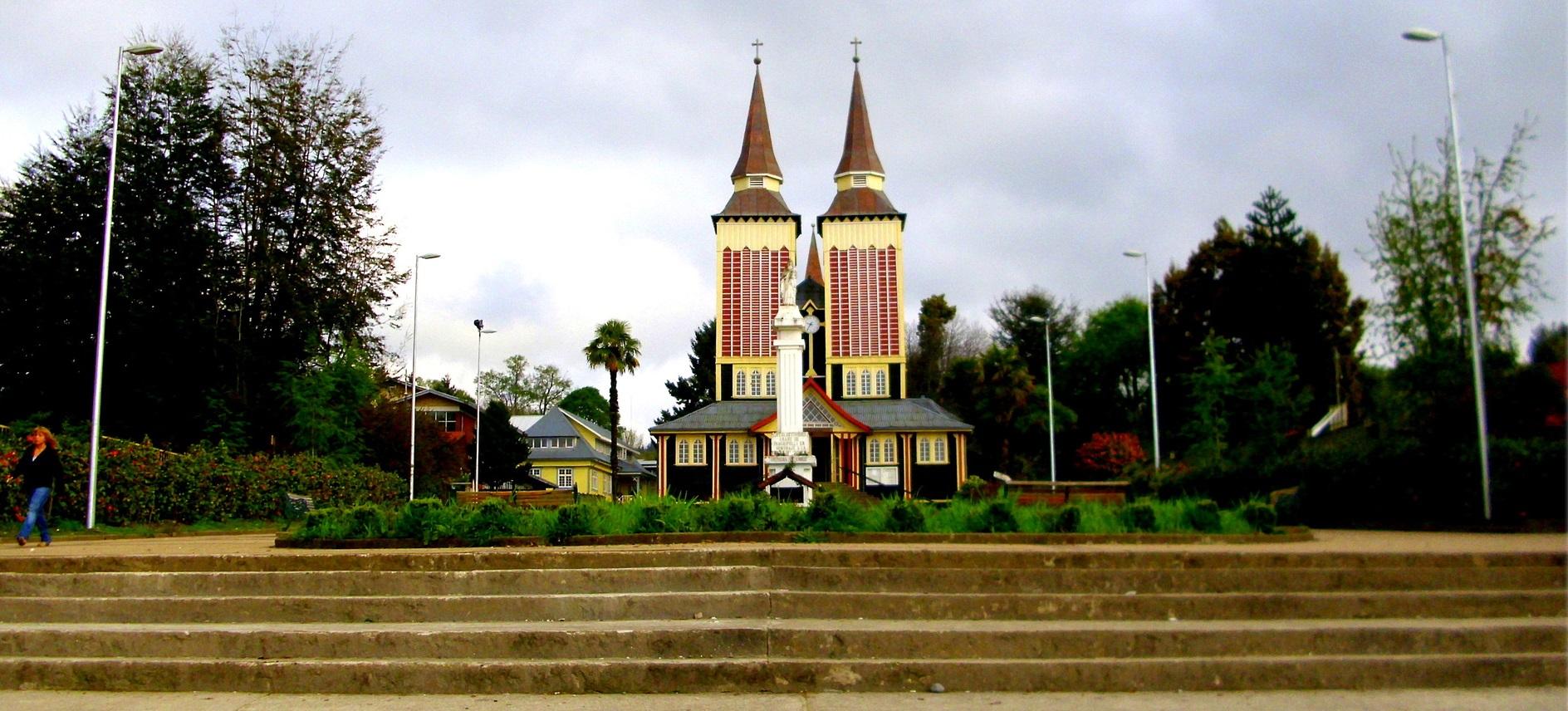 Iglesia San Sebastián Panguipulli