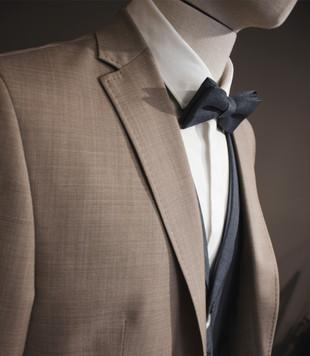 Der Mann im Anzug in Freilassing, Shop für Anzüge, Kravatten, Fliegen für den Bräutigam