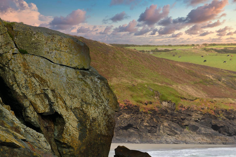 praa sands UK Off Coast-1.jpg