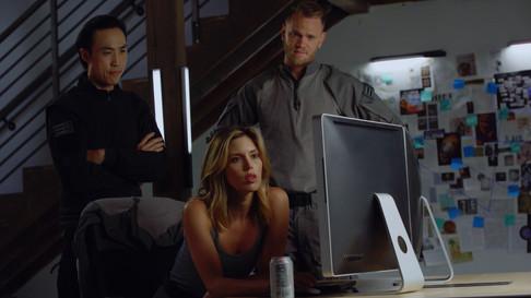 Derek Ting Kayla Ewell(Vampire Diaries) Matt Burnett(Airsoft Evike) in Agent Revelation