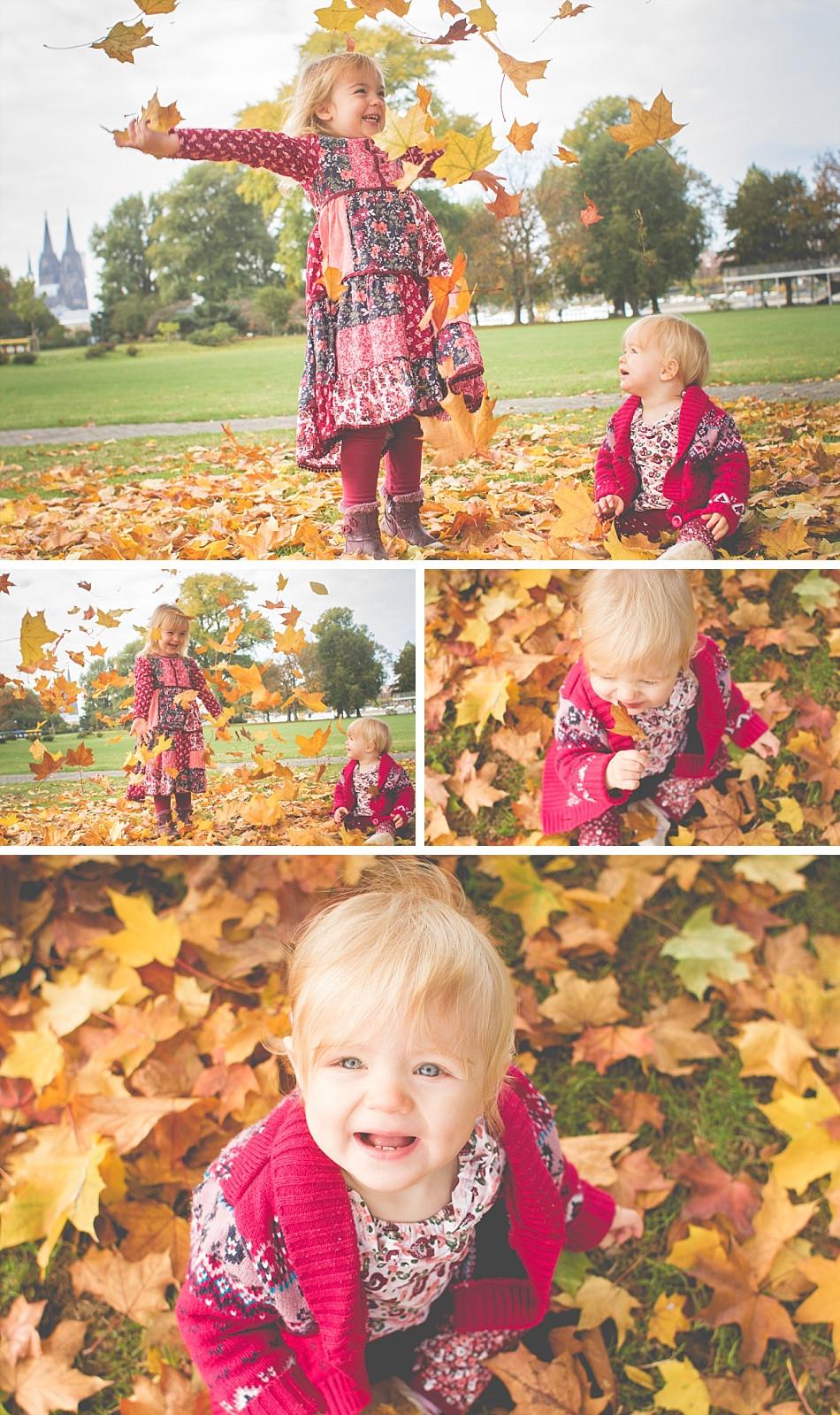 Geschwisterfotos mit Herbstlaub draußen