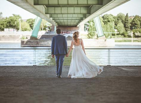 Brautpaarfotos im Rheinauhafen Köln
