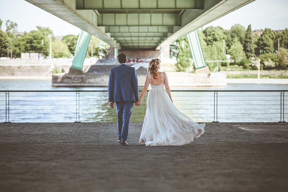 Brautpaarfotos Rheinaufhafen Köln, Severinsbrücke, Claudia Kneist Photographie, Köln & Umgebung