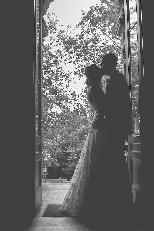 Brautpaarfoto in sw - Silhouette