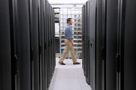 ttraditional-data-centre.jpg
