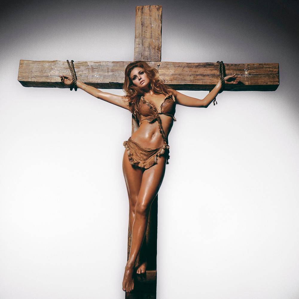 Raquel Welch by Terry O'Neill JM Art Management