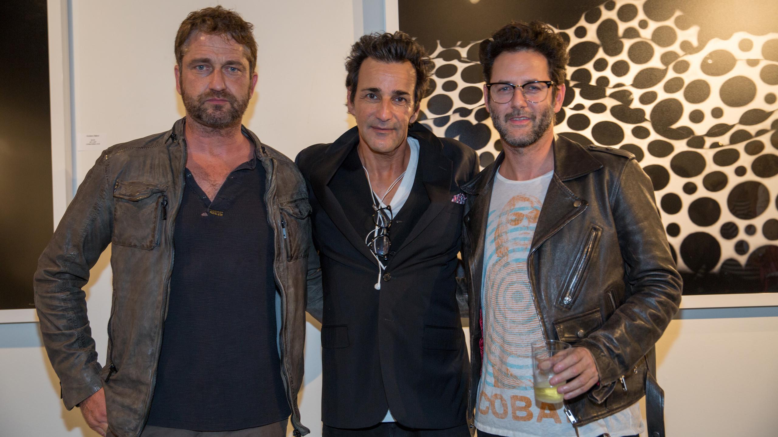 Photographer Giuliano Bekor with Gerard Butler