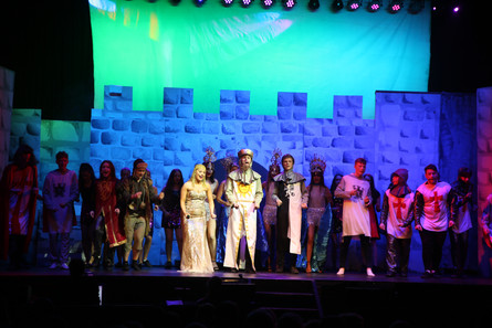 PR - The Bright Side of Light – Spotrack for Spamalot