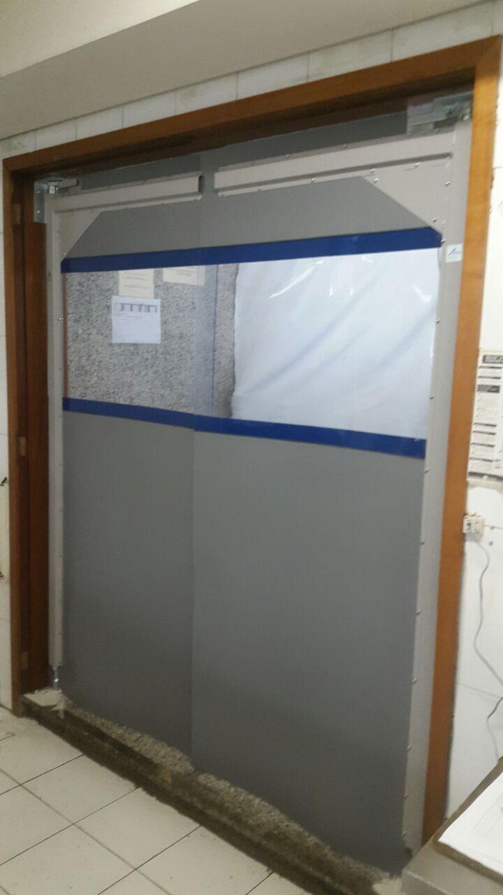 Porta-de-PVC-Flexível-Imperial-Portas-e-Cortinas-Flexíveis