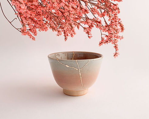Real Kintsugi, real gold restoration on Pink japanese pottery, hanami pink