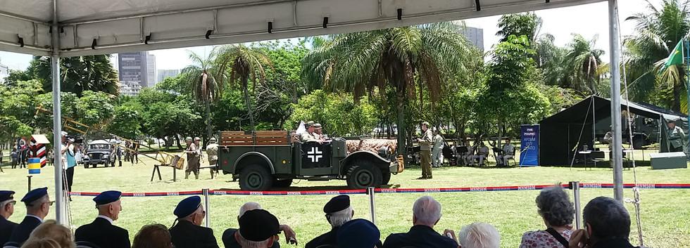 Rendição do comte da 148ª divisão de infantaria alemã Gal. Fretter Pico