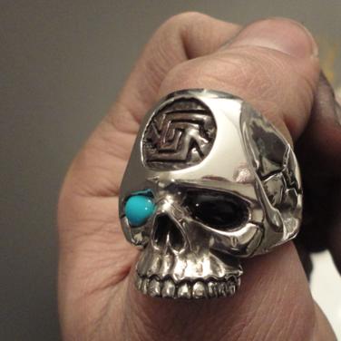 custom skull ring