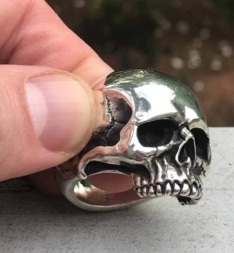 Classic Skull Ring