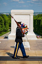 Changing_of_the_Guard,_Arlington_National_Cemetery.jpg
