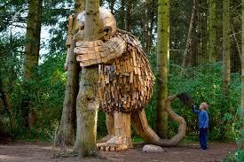 Casa España Copenhague Turismo Rutas Gigantes Bosque Thomas Dambo