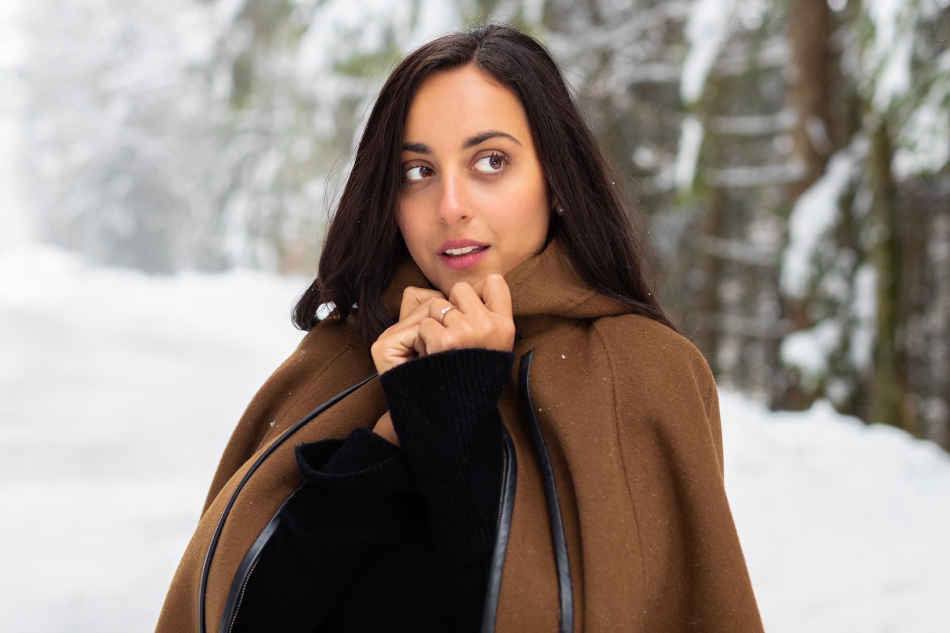 Miriam sous la neige