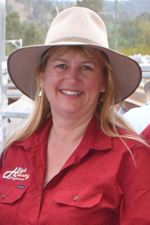 Lisa Profile picture 2.jpg