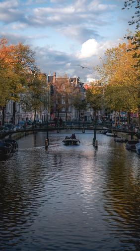 Les canaux d'Amsterdam.jpg