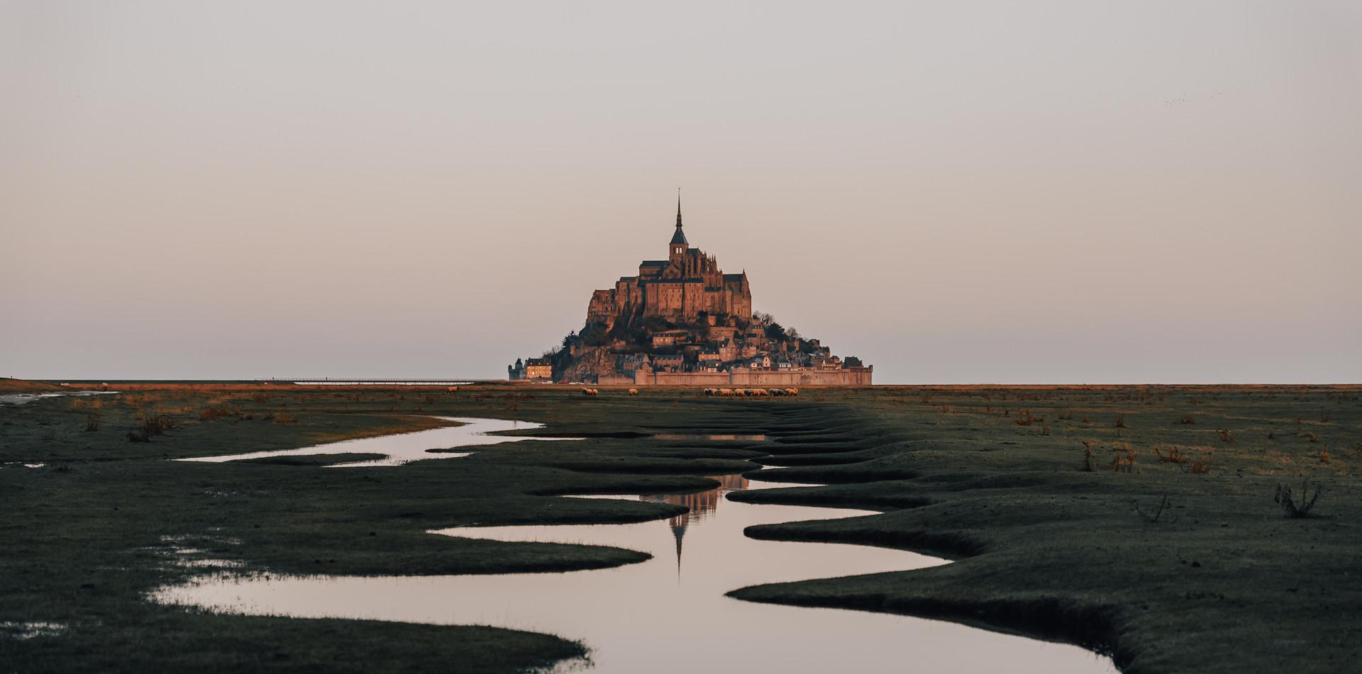 Les méandres du Mont-Saint-Michel