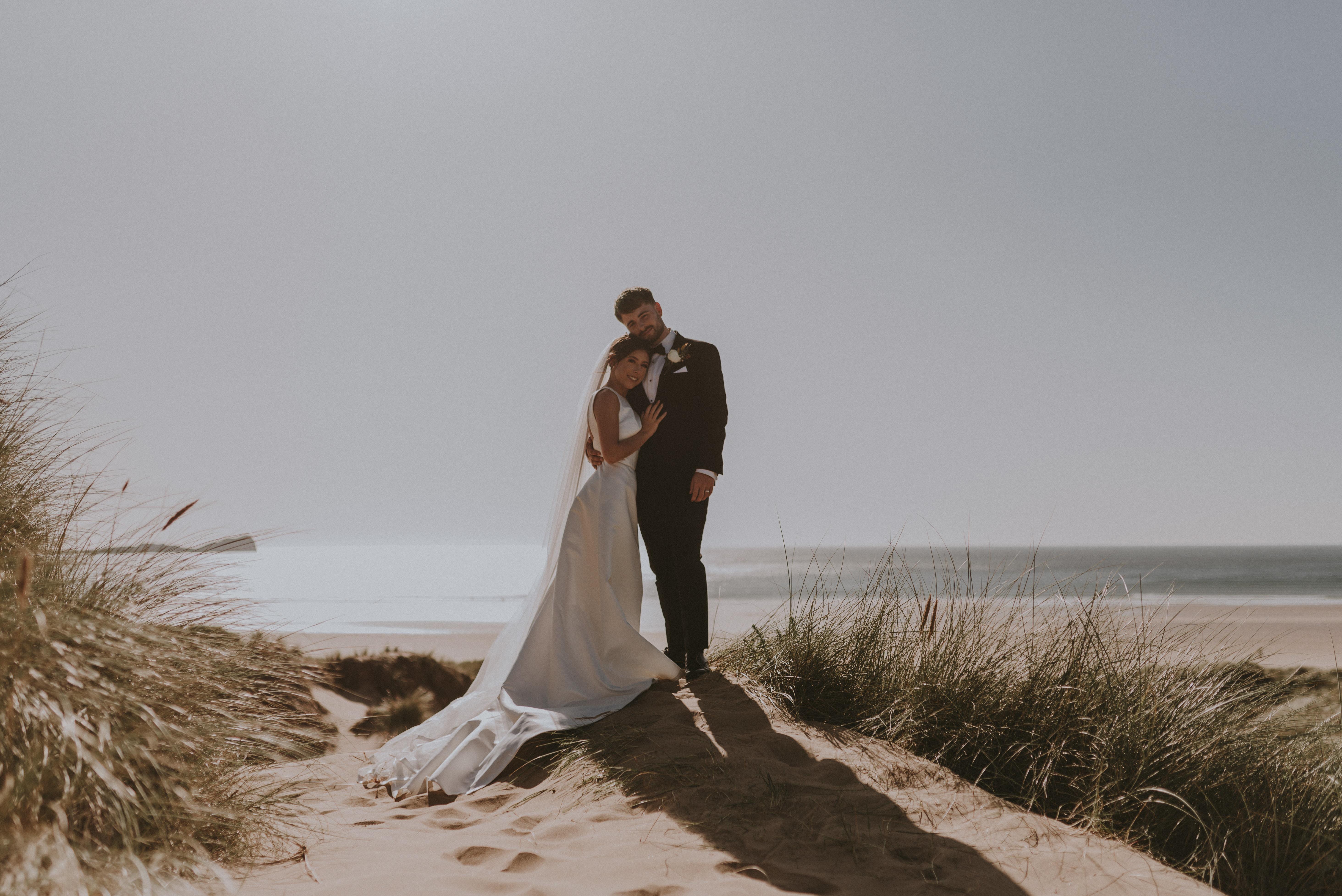 uk beach wedding photographer