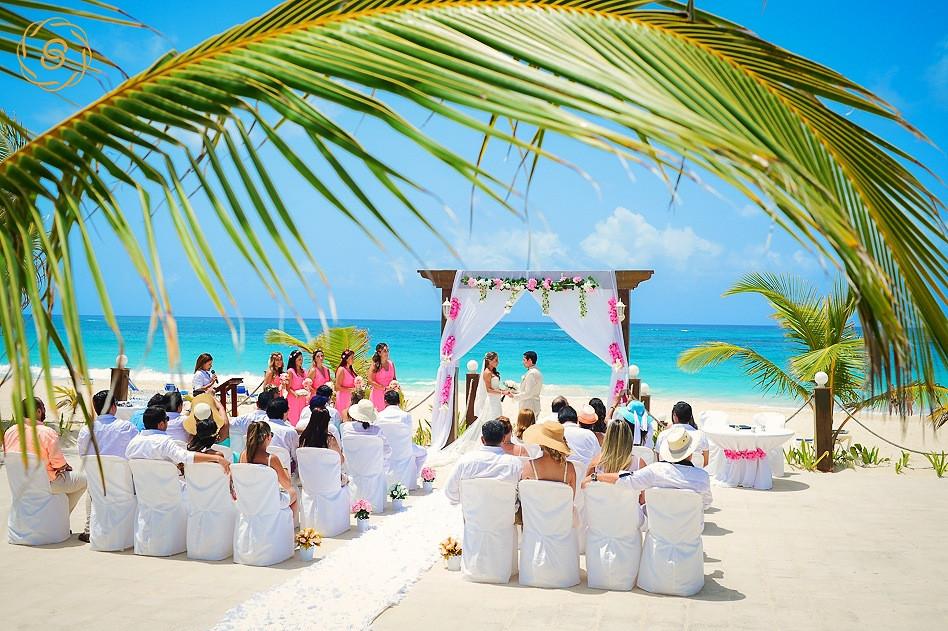 La Barcaza wedding beach ceremony Punta Cana
