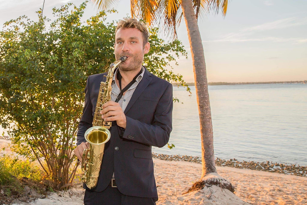 La Barcaza wedding music party boat, Saxophonist in Dominican Republic, Punta Cana