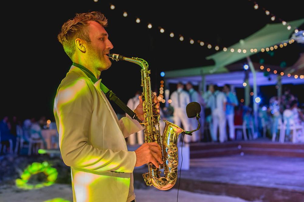 La Mona Restaurant,Playa Juanillo wedding, music entertainment
