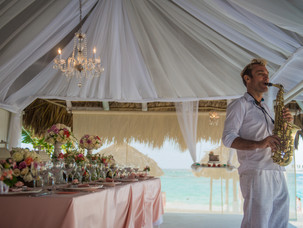 Kukua wedding venue- The saxophonist in Punta Cana, Dominican Republic