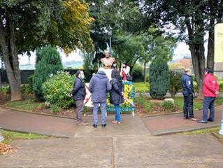 Municipio será asesorado por Consejo de Monumentos para recuperación de busto de Arturo Prat